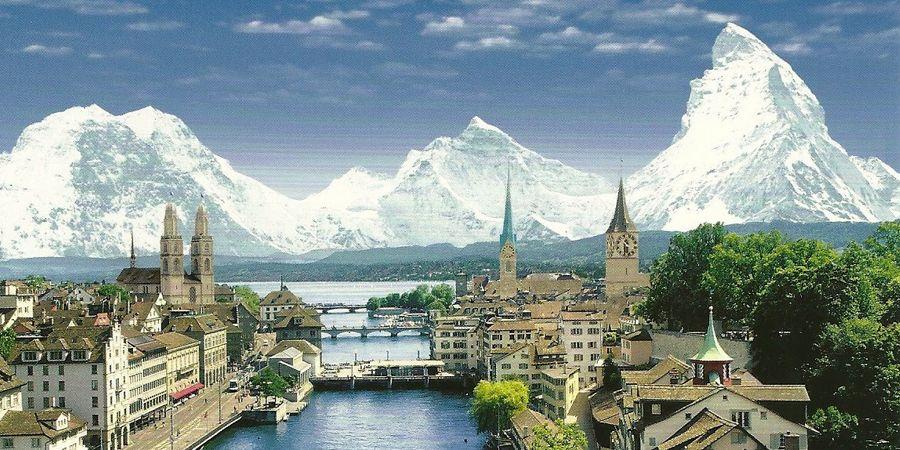 78498130df0 Zurique proporciona história